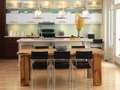 Awesome Modern Rustic Kitchen Design With Brown Bar And Wooden Chairs. This picture is one of many ideas on 25 modern rustic kitchen ideas. Modern Kitchen Lighting, Kitchen Lighting Fixtures, Light Fixtures, Beautiful Kitchens, Cool Kitchens, Modern Kitchens, Modern Spaces, Kitchen Furniture, Kitchen Decor