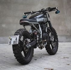 Yamaha fazer from 🔥Tag and in your motorposts 🖤 Yamaha 250, Yamaha Cafe Racer, Moto Cafe, Cafe Bike, Cafe Racer Motorcycle, Honda, Best Motorbike, Cx 500, Vintage Cafe Racer