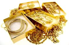 Gold flows effortlessly with abundance to me