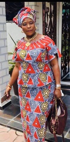 African Blouses, African Lace Dresses, Latest African Fashion Dresses, African Print Fashion, African Attire, African Wear, African Women, African Print Dress Designs, African Design