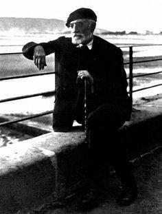 Amor y pedagogía (1902) El espejo de la muerte (1913) Niebla (1914) Tulio Montalbán (1920) Teresa (1924) Cómo se hace una novela (1927) San Manuel Bueno, mártir (1930) Don Sandalio, jugador de ajedrez (1930).