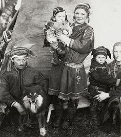 Sami family.  Sweet photo.