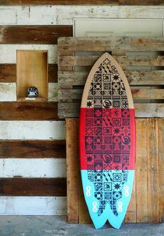 cool surf board for a bedroom design Surf Mar, Deco Surf, Welcome Summer, Surf Shack, Beach Shack, Surfboard Art, Surf Style, Surfs Up, Art Boards