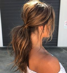 Ways to Style Brown Medium Hair: Stunning Medium Length .- Ways to Style Brown Medium Hair: Stunning Medium Length Hairstyles - Messy Ponytail Hairstyles, Diy Hairstyles, Low Pony Hairstyles, Medium Brunette Hairstyles, Hairstyle Ideas, Gorgeous Hairstyles, Everyday Hairstyles, Frizzy Hair Hairstyles, Up Hairstyles For Wedding