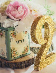 MARIAGE VINTAGE - numéros table paillettes | Annonces Dentelle