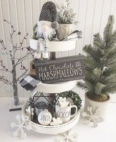 Are you searching for inspiration for farmhouse christmas decor? Browse around this website for amazing farmhouse christmas decor ideas. This unique farmhouse christmas decor ideas seems to be wonderful. Christmas Farm, Farmhouse Christmas Decor, Rustic Christmas, White Christmas, Christmas Crafts, Farmhouse Decor, Farmhouse Style, Rustic Style, Farmhouse Kitchens