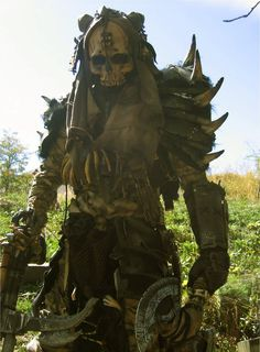 Thrikeel Mauler by PlanetDarkOne on DeviantArt Apocalyptic Clothing, Post Apocalyptic Costume, Post Apocalyptic Art, Post Apocalyptic Fashion, Larp, Cyberpunk, Fallout, Apocalypse Character, Armadura Cosplay