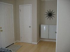 shoe storage cabinet closed (1 of 2)
