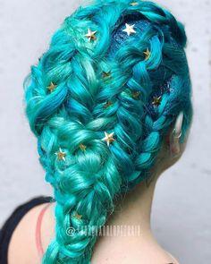 Mermaid hair #modernsalon @modernsalon @alisonalhamed #pulpriothair #goodhairdaybysydlopez #headlineshairdesigndentontx #olaplex #bioionicla
