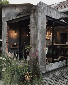 Lataroma, coffeshop in Indonesia Cafe Shop Design, Small Cafe Design, Restaurant Interior Design, Shop Interior Design, Japanese Restaurant Interior, Cafe Exterior, Exterior Design, Coffee Bar Design, Deco Restaurant