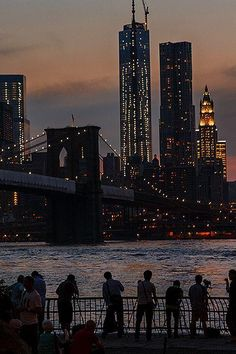 capturing the view by new-york-obsession http://ift.tt/1mDmcbY #nycfeelings pic.twitter.com/s47RcLqfrT