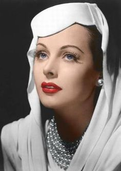 Hedy Lamarr, so beautiful and classy