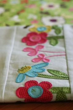 Janelle Wind applique tea-towel