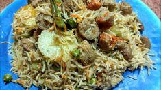 Soyabean ki lazeez biryani/soya veg biryani - YouTube Nihari Recipe, Biryani Recipe, Fish Kabab, Veg Biryani, Chicken Lollipops, White Sauce Pasta, Fried Fish, Garam Masala, Rice Dishes