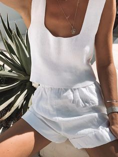 Comfortable Straight Knitwear Top Color White Hand-Knitted Durable Cotton for Extensive Use Crop Top Outfits, Summer Outfits, Cute Outfits, Pop Fashion, Fashion Outfits, Summer Lookbook, Weekend Wear, Loungewear, Summer Looks
