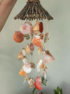 Diy Resin Crafts, Sea Crafts, Driftwood Crafts, Diy Crafts For Kids, Arts And Crafts, Seashell Mobile, Seashell Art, Seashell Crafts, Seashell Wind Chimes