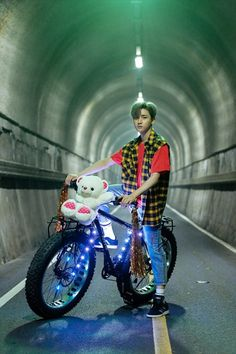 """Monsta X 'Fighter' MV Making – I.M """