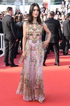 Julia Jones in Alberta Ferretti at the premiere of The Meyerowitz Stories, Cannes 2017