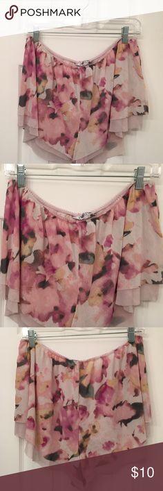 Floral Jennifer Lopez Pajama Shorts Beautiful floral, super comfortable, light & flowy Jennifer Lopez pajama shorts Jennifer Lopez Intimates & Sleepwear