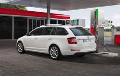ŠKODA Octavia G-TEC prešla na jedno natankovanie až 1700 kilometrov #Škoda http://www.autonoviny.sk/2015/08/skoda-octavia-g-tec-presla-na-jedno-natankovanie-az-1700-kilometrov/