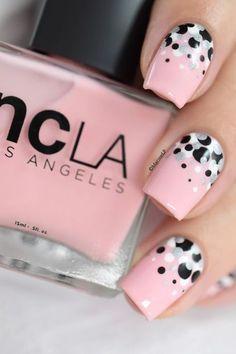 Polka dots · confetti nail art [video tuto]j nail polish designs, nail art designs, Nail Art Designs, Nail Polish Designs, Nails Design, Polish Nails, Diy Nails, Cute Nails, Nail Nail, Pink Manicure, Jolie Nail Art