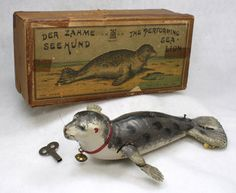 Learn more about the Lehmann Performing Sea Lion at the hobbyDB database Antique Toys, Vintage Toys, Vintage Antiques, Bohemian Bedroom Design, The Iron Giant, Bath Toys, Tin Toys, Wood Toys, Toy Boxes