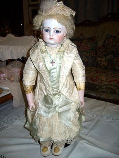 Early all original French antique Bebe by F.Gaultier.  PALMIRA DOLL YAMAZAKI COLLECTION*****COLLECTION *****