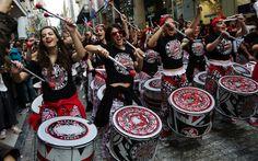 Группы феминисток в Афинах протестуют насилию в отношении женщин http://feedproxy.google.com/~r/russianathens/~3/aIXacXi5_2w/24015-gruppy-feministok-v-afinakh-protestuyut-nasiliyu-v-otnoshenii-zhenshchin.html  Члены феминистских групп собрались в центре Афин в субботу по случаю Международного дня борьбы за ликвидацию насилия в отношении женщин для протеста против гендерного и сексуального насилия, совершаемого в отношении слабого пола.