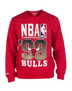 07dfdbd4de1 MITCHELL AND NESS Chicago Bulls crew sweatshirt Soft inner fleece for  comfort Team logo graphic on front Crew neck with ribbed collar