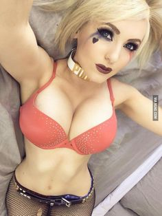 Jessica nigri... boobs!!!! - 9GAG