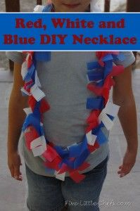 Red, white and blue DIY necklace from fivelittlechefs.com Use plastic tablecloths to make a fun necklace, bracelet, or hair accessory! #kidscrafts #diynecklace #patriotic