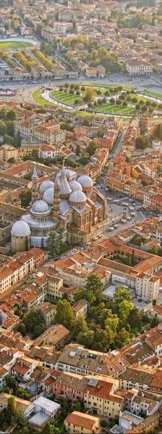 Padua , Italia - Vista aerea de una de las mas hermosas ciudades italianas