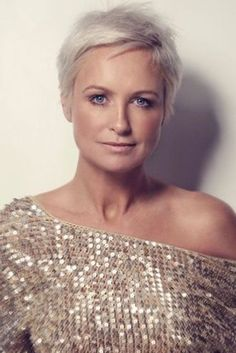 Photos Of Short Haircuts for Older Women