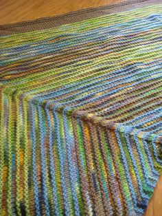 Ravelry: Noisy Parrot (worsted version) pattern by Ann Thomsen