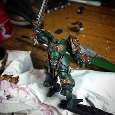 It's quite fun painting this primaris captain.. did a bit of customizing on the honor blades and left shoulder pad dark angels iconography.. also switched the plain power sword with dark angels sword.