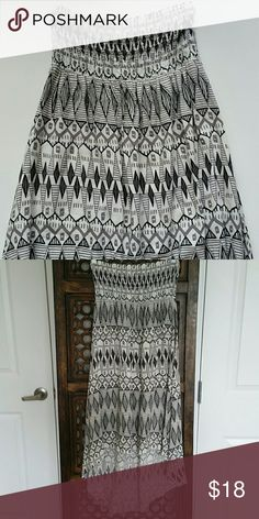 "Kirra Aztec Print Hi-lo Dress Aztec hi-lo dress. 100%rayon length of front 26 1/2"". Length of back 36"". Excellent condition. No flaws. Non smoking home. Kirra Dresses High Low"