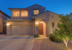 ✨ #HighlyUpgraded ✨ Features ➡️ 4 Bed + 2.5 Bath + 2,975 SQFT + Restoration Hardware Lighting & Plumbing Fixtures + Real Wood Blinds + Calcutta Gold Marble + Minimal Traffic Noise + Heated Pool & Spa 📍 Get #Price and #Location ➡️ http://bit.ly/2xtRe7l #AZRealEstate #RealEstate #AZ #HomeSweetHome #RoundsTackettGroup #RestorationHardware #Fireside #DesertRidge #Phoenix #PhoenixRealEstate