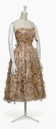 1953 Balenciaga evening dress