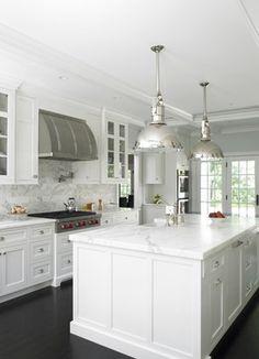 Connecticut waterside - traditional - kitchen - new york - Christine Donner Kitchen Design Inc.