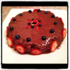 Strawberry And Chocolate Cake. Romanian Food, Chocolate Cake, Strawberry, Desserts, Chicolate Cake, Tailgate Desserts, Chocolate Cobbler, Deserts, Chocolate Cakes