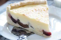 Švestkový koláč s vanilkovým krémem | Apetitonline.cz