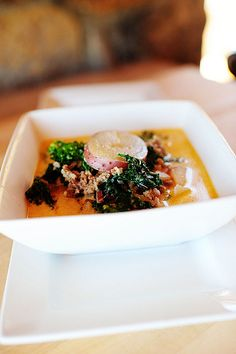 Ree Drummond Does Olive Garden! Sausage, Potato and Kale Soup - Zuppa Toscana