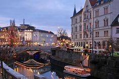 Πού τα Χριστούγεννα δεν κοστίζουν πολλά; Cities, Christmas, Xmas, Navidad, Noel, Natal, City, Kerst