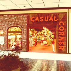 13 bygone mall stores we want to shop at again CASUAL CORNER  Reaching 525 stores at its peak, this women's wear shop died in 2005. We especially dig the older, more elaborate storefront with wood paneling and 90-degree logo.