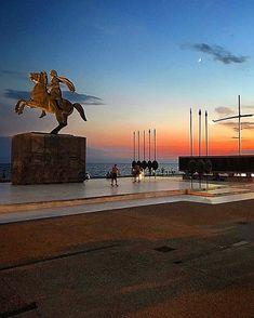 Χρονια πολλα σε ολους και ολες τους εορταζοντες!! #thesaloniki #thessaloniki_today  #skg #skg_stories #skg_stories #skg_explorers #greece… Statue Of Liberty, World, Travel, Statue Of Liberty Facts, Viajes, Statue Of Libery, Destinations, The World, Traveling