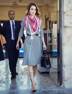 La reina Rania de Jordania, entrañable encuentro con las mujeres en Amman