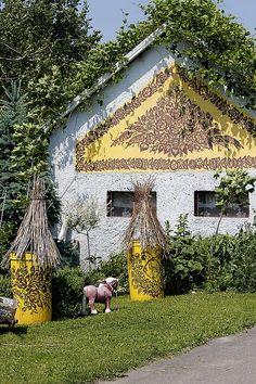 Painted farm in Zalipie - malowana zagroda