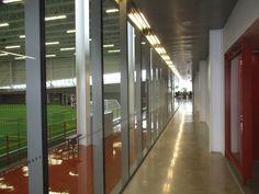 Nous avons travaillé en tant que consultants sur le projet dès le concept jusqu'à la réalisation de la construction du Complexe sportif de Saint-Laurent. #accessibilité #DesignUniversel Saint Laurent, Divider, Construction, Room, Furniture, Design, Home Decor, Building, Bedroom
