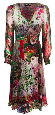 Single's Tara Dress, gorgeous and dramatic for Fall
