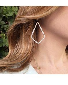 Sophee Drop Earrings in Gold - Kendra Scott Jewelry